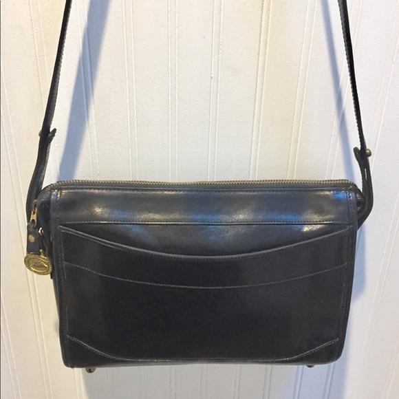 Brahmin Handbags - BRAHMIN Vintage Black Leather Shoulder / Crossbody
